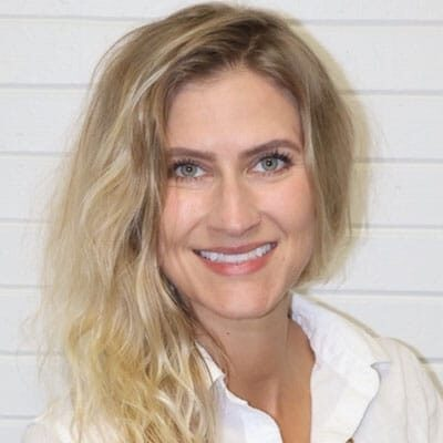 Chiropractor La Crosse WI Dr Amanda Berkley